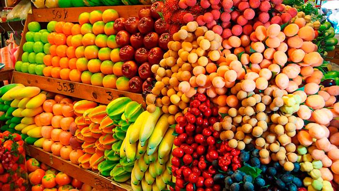 майские экзотические фрукты в Тайланде