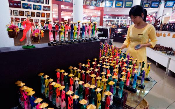 покупка сувениров во Вьетнаме