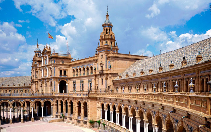 куда поехать в Испании в ноябре