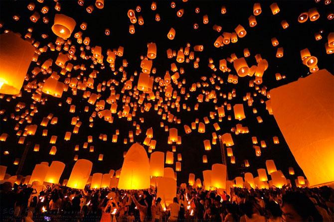 Фестиваль свечей в Таиланде