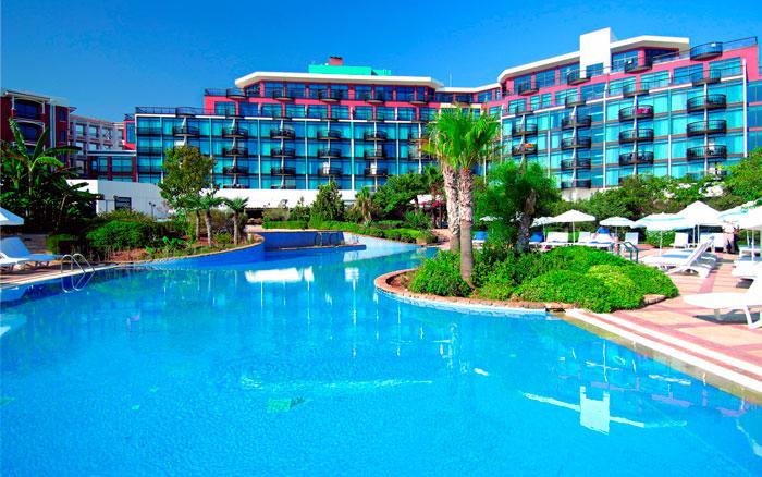 развлечения в августе на Кипре