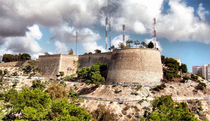 Замок Сан Фернандо