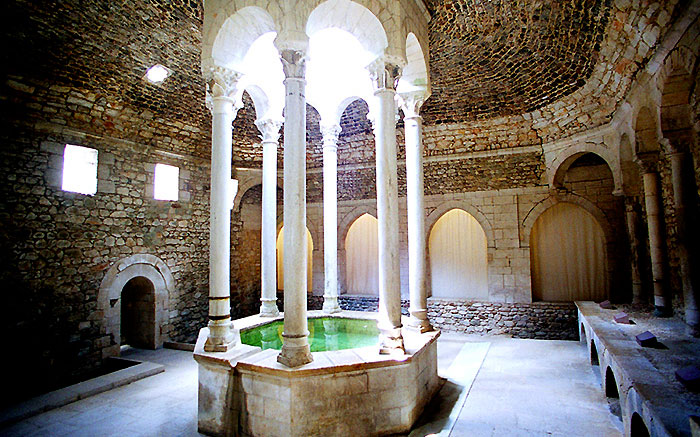Арабские бани Жироны