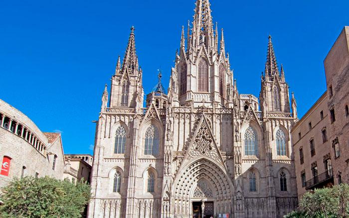Кафедральный собор в Барселоне