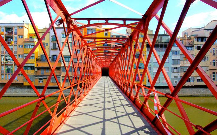 Красный мост Эйфеля