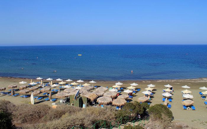 Пляж Фарос