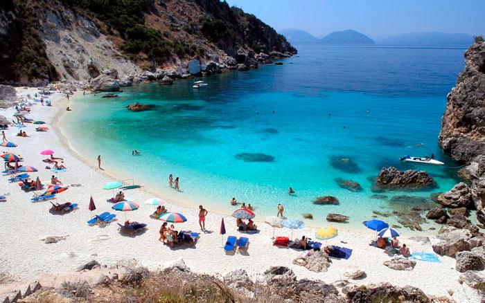 отдых на пляжах в Греции в сентябре