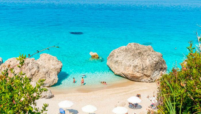 Пляжный отдых в Греции в мае