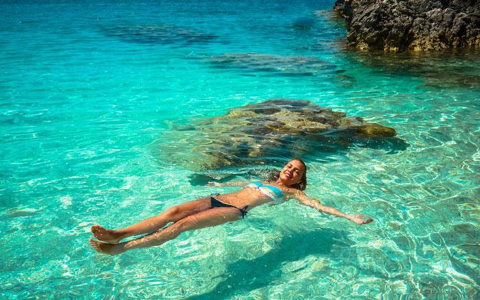 развлечения в августе в Греции