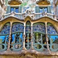 Дом Бальо: необычное архитектурное решение Антонио Гауди