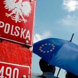 Работа в Польше: все, что нужно знать о трудоустройстве мигранту